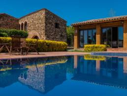 Beautiful Masia with Pool at the Costa Brava in Mont-ras,