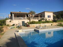Beautiful finca with pool in Llucmajor,