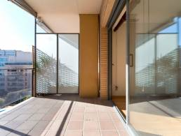 Picture Two bedroom apartment, with lots of sun, terrace, solarium and communal pool, Barcelona
