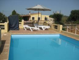 Finca with horse stable and paddock in Llucmajor,