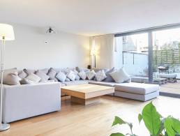 Loft with large terrace in Gracia,