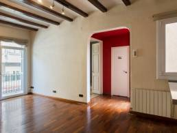 Two bedroom apartment, with patio and balcony, in Clot - Sagrada Familia.,