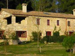 Masia with 3 Apartments near Banyoles Lake and Girona,