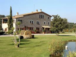 Picture Luxury Mansion, immaculate condition, close to Figueres, Girona