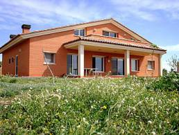 Great chalet in Castellvell del Camp,