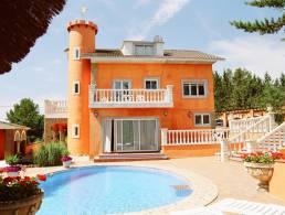 Picture Villa/Guesthouse in Torrelles de Foix, Barcelona