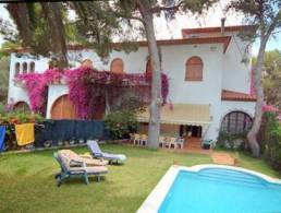 Picture Mansion in Castelldefels, convertible into Hotel, School or Retirement Residence, Barcelona