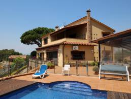 Picture Villa with panoramic views and pool in Vallgorguina, Natural Park Montseny, Barcelona