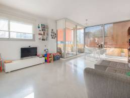 Picture 3 Bedroom Apartment in Left Eixample, Barcelona