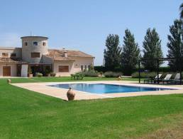 Picture Luxurious Country Estate with 95m2 Pool and Guesthouse, Baleares