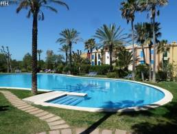Picture Apartment with sea view and access plus communal pools, Baleares