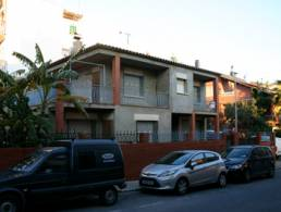 Picture Bright, two-storey corner house in a good location in Viladecans near Barcelona, Barcelona