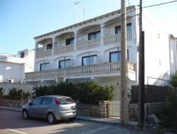 Half complex with 6 apartments in Cala Santanyi,